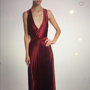 NWT.ZAC Posen Arlen cherry pleated backless gown